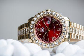 comment ouvrir une montre